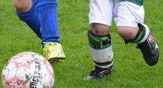 Un informe de la policía de Inglaterra reveló que hay más de 200 clubes ingleses involucrados en abusos sexuales. El escándalo del fútbol sigue creciendo.