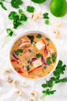Vegetarian Thai soup Recipes is One Of the Favorite soup Recipes Of Several Persons Across the World. Besides Simple to Produce and Great Taste, This Vegetarian Thai soup Recipes Also Healthy Indeed. Vegan Keto Recipes, Vegan Blogs, Healthy Soup Recipes, Whole Food Recipes, Dinner Recipes, Vegan Soups, Sopas Thai, Thai Soup, Vegan Dinners