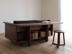 Space-saving and functional furniture Awesome Woodworking Ideas, Woodworking Inspiration, Woodworking Plans, Multifunctional Furniture, Cool Furniture, Furniture Design, Modern Furniture, Couch Design, Interior Design Inspiration