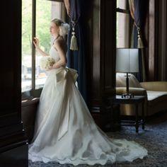 NOVARESE(ノバレーゼ):上品なスタイルアップを実現。憧れの、うしろ姿愛されドレス