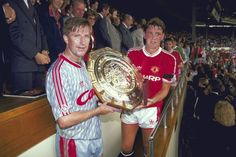 Manchester United & Liverpool share the 1990 Charity Shield