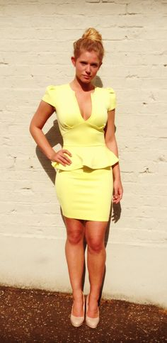 Yellow sexy mama!