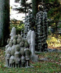Milwaukee Artist Mary Nohl: The Mary Nohl House: Images of the Mary Nohl House Milwaukee Art Museum, Masterpiece Theater, Concrete Sculpture, Witch House, Amazing Buildings, Art Sites, Visionary Art, Outsider Art, Land Art