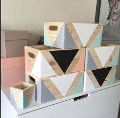 You are in the right place about cute home decor decoration Here we offer you the most beautiful pic Cute Home Decor, Home Decor Items, Wood Crafts, Diy And Crafts, Idee Diy, Toy Boxes, Baby Decor, Diy Toys, Box Design