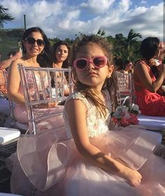 Selena Gomez during the marriage of Jeremy Bieber @selenagomez durante el matrimonio de Jeremy Bieber #BadLiar #BestMusicVideo #iHeartAwards