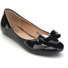 Machi Kala Women's Comfy Low Heel Slip On Shining Flats W/ Bow ($29) ❤ liked on Polyvore featuring shoes, flats, black, black flat shoes, platform flats, round toe flats, low heel shoes and slip-on shoes