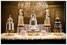 Whoa, I have never seen wedding cakes like these before!
