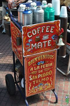 Selling coffee and mate on the streets of Buenos Aires, Argentina; I do miss Argentina, maybe I should visit again. Yerba Mate, Coffee Cafe, My Coffee, Drink Coffee, Argentina Food, Argentina Travel, Argentina Culture, San Pedro, Chocolates