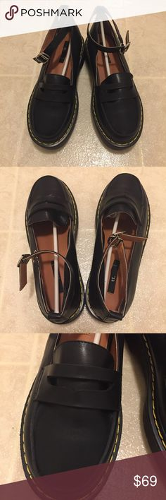 Stylenanda black shoes with straps 100% new.  Super good quality  Super cute Heel height: 4.5cm Size 8 (245-250) Fits good for size 8-8.5 Shoes