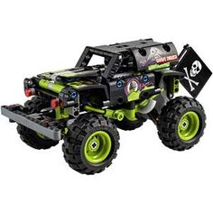 LEGO Technic Monster Jam Grave Digger 42118 Lego Technic, Monster Truck Toys, Toy Trucks, Technique Lego, Off Road Buggy, Free Lego, Lego System, Lego Store, Love Monster