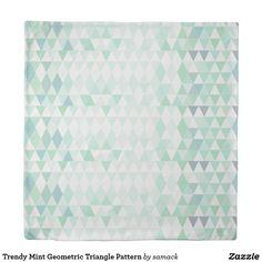 Trendy Mint Geometric Triangle Pattern Duvet Cover
