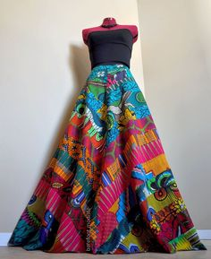 Gorgeous 40 Stylist African Print Dress Ideas from https://www.fashionetter.com/2017/06/17/40-stylist-african-print-dress-ideas/