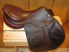 """Gorgeous, grippy and comfy 2011 CWD SE01 in a highly desired size - 17.5"""" seat and a 2C flap with a 4"""" regular tree. Flaps measure 13.5"""" long x 14"""" wide. Must see and try this saddle to appreciate it! Trials welcome!    $3,250    rachel@iselltack.com ~ www.iselltack.com ~ 240-643-3989"""
