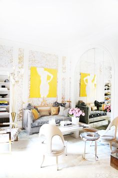 By brightening-up the trim and filling in the gaps with contemporary gilded wallpaper, husband-and-wife design duo Jesse Carrier and Mara Miller transform a stodgy room into a vibrant library.
