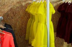 Free Circle, Monika Drápalová, Openstudio, Designblok 2015, fashion, material, yelow, foto: Jan Hromádko #design #czechdesign