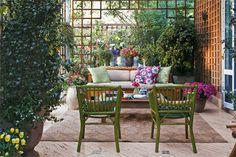 terraço de treliças e plantas