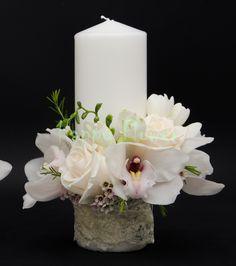 Imagine similară Pillar Candles, Wedding Bouquets, Wedding Inspiration, Wedding Brooch Bouquets, Bridal Bouquets, Wedding Bouquet, Wedding Flowers, Candles