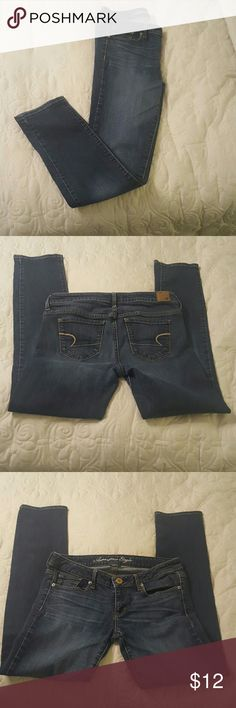 New Listing.. American Eagle Skinny jeans American Eagle Skinny jeans.  These are in great condition. They say a size 8 but they fit more like a 4. I am re-poshing because of fit. American Eagle Outfitters Jeans Skinny