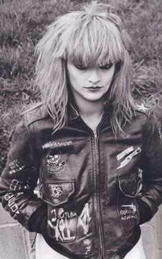 Perpetual Light Vintage An Ode to Nina Hagen, the Godmother of Punk Nina Hagen, Chicas Punk Rock, Moda Punk, Punk Mode, Punk Rock Girls, 70s Punk, Siouxsie Sioux, Punk Jackets, Look Man