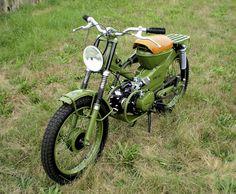 Honda by Tsunami Motorcycles - Lsr Bikes Motos Honda, Honda Bikes, Honda Motorcycles, Vintage Motorcycles, Honda Cub, Custom Moped, Custom Bikes, Sidecar, Motos Vintage