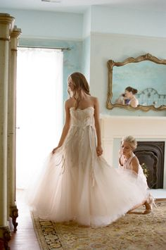 Photography by jenfariello.com, Wedding Dress by http://www.moniquelhuillier.com/