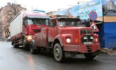 SCANIA truck .- tow