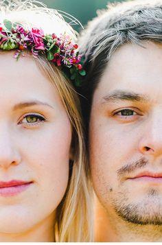 Theresa und Johnanes - herbstliches Liebesshooting im Wald von Karti Fotografie