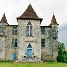 Beautiful French Chateaus And Michelin Star Dining In The Dordogne Valley (15)