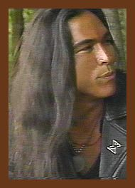 Bces1 Gif 190 264 Eric Schweig Native American Men Eric Eric schweig (born ray dean thrasher on 19 june 1967) is a canadian actor best known for his role as chingachgook's son uncas in the last of the mohicans (1992). pinterest