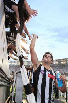 Collingwood Football Club, Australian Football, Sports Pictures, Rugby, My Boys, Melbourne, Chloe, Champion, Handsome