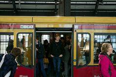 S Bahn Berlin - Bilder und Stockfotos - iStock Bahn Berlin, S Bahn, Stock Foto, Photos