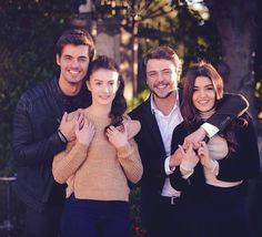 gunesin kizlari selin ve ali ve nazli ve savas Turkish Women Beautiful, Turkish Beauty, Cute Couple Quotes, Cute Couple Pictures, Beautiful Celebrities, Beautiful Actresses, Hawaii Five 0, Star Gossip, Hayat And Murat