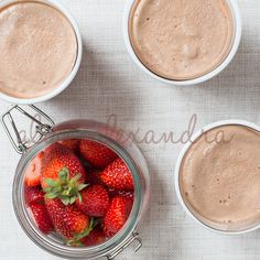 Recipe Frozen Chocolate Margarita by alycealexandra, learn to make this recipe easily in your kitchen machine and discover other Thermomix recipes in Drinks. Frozen Chocolate, How To Make Chocolate, Thermomix Icecream, Frozen Cocktails, Desert Recipes, No Cook Meals, Margarita, Sweet Treats, Yummy Food