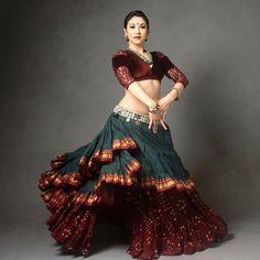 Garba Dress, Navratri Dress, Lehnga Dress, Choli Designs, Lehenga Designs, Blouse Designs, Tribal Fusion, Indian Dresses, Indian Outfits