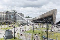 MVRDV inauguró una monumental escalera de 29 metros de alto en Rotterdam
