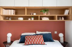 Mur peint couleur terracotta dans la chambre - Terracotta painted wall in the master bedroom Terracotta Paint, Adeline, Floating Shelves, Extension, Master Bedroom, Wall, Inspiration, Furniture, Home Decor