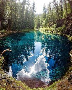 Tamolitch Falls and Blue Pool in Oregon