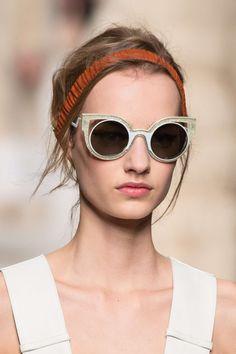 Novo Fendi para você se apaixonar ♥ #fendi #sunglasses #new #oticaswanny…
