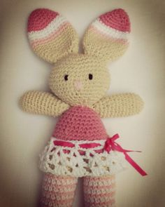 tiananedeco:: Conejita de 35 cm de largo #hechoamano #handmade #crochet #amigurumi #coneja #rabbit #forchildrens #toy #compraartesanal #muñecatejidaalcrochet #loveforcrochet #crocheting #ganchillo #juguetes #babyroom #instatiananedeco