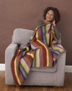 Temperature blankets are a hot trend (no pun intended) in the crafting world, and the start of a new year is the perfect time to begin yours! Knitted Afghans, Crochet Blanket Patterns, Knitting Patterns, Crochet Blankets, Afghan Patterns, Knitting Ideas, Crochet Lion, Free Crochet, Knit Crochet