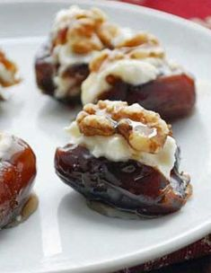 A wonderful appetizer, these goat cheese stuffed dates are drizzled with honey and topped with walnuts. Savory, sweet and crunchy in one bite! Mini Appetizers, Appetizer Recipes, Goat Cheese Appetizers, Toothpick Appetizers, Potluck Appetizers, Appetizer Sandwiches, Healthy Appetizers, Tapas, Healthy Food Blogs