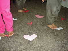 LEAPS OF LOVE GAME