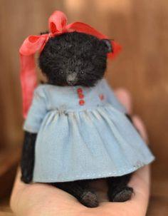 Vintage black girl by By Olya Isaenkova | Bear Pile
