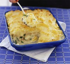 Fish pie in four steps is part of Fish Pie In Four Steps Recipe Bbc Good Food - Delicious and easy a fish pie anyone can make You'll learn how to poach fish and make a white sauce too Bbc Good Food Recipes, Pie Recipes, Seafood Recipes, Cooking Recipes, Yummy Food, Recipies, Seafood Bake, Tilapia Recipes, Cuban Recipes