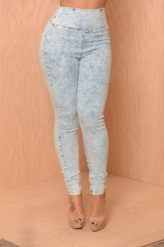 These pants look fabulous with basically everything!