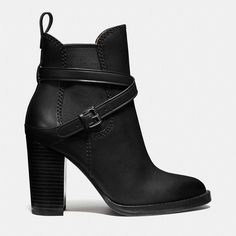 Coach Jackson Bootie (3,560 MXN) ❤ liked on Polyvore featuring shoes, boots, ankle booties, botas, heels, zapatos, tan ankle boots, high heel boots, stacked heel booties and short heel boots