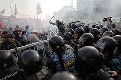 Moscow, Russia: Russian riot police disperse anti-Putin protestersPhotograph: Sergey Ponomarev/AP