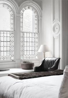 Interior home design ideas World of Modern by Blaze Makoid Architecture Beautiful windows! Interior Exterior, Interior Architecture, Windows Architecture, Architecture Today, Beautiful Architecture, Architecture Details, Arched Windows, Big Windows, Lead Windows
