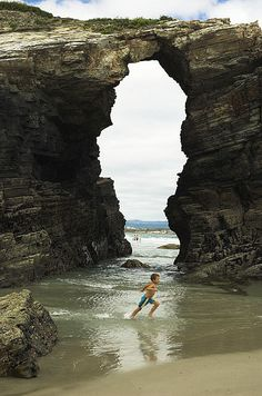 https://flic.kr/p/oePJr | Playa de las Catedrales I | Playa de las Catedrales, Galicia - agosto 2006
