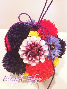 So cool and cute! It's popular for   Japanese traditional events with KIMONO.